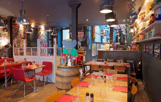 Besoin de vos id es pour rafra chir la d co d 39 un bar brasserie for Idee deco bar maison