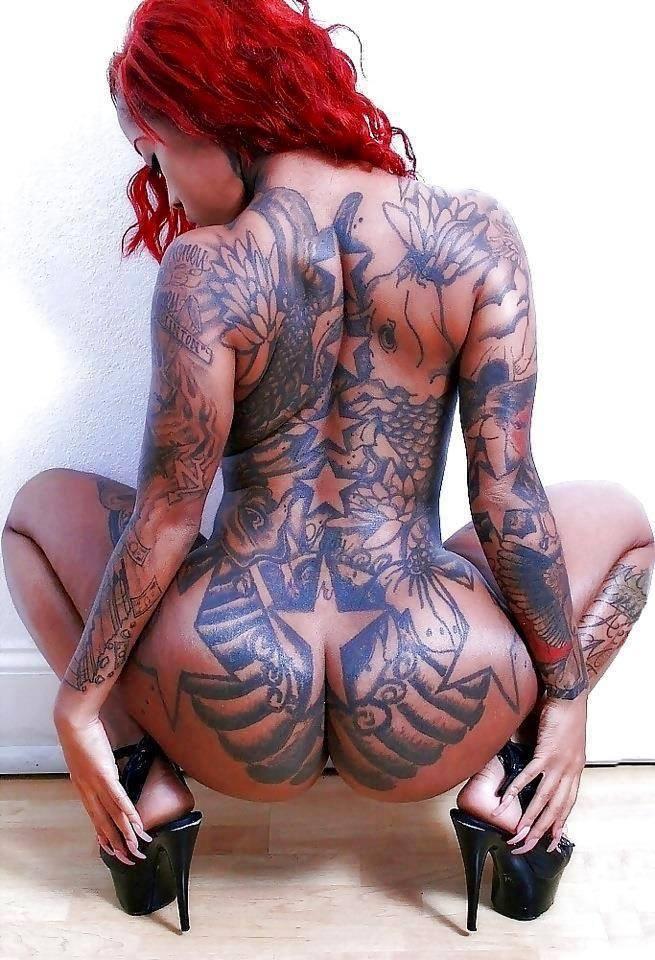 Порно фото женщин с тату