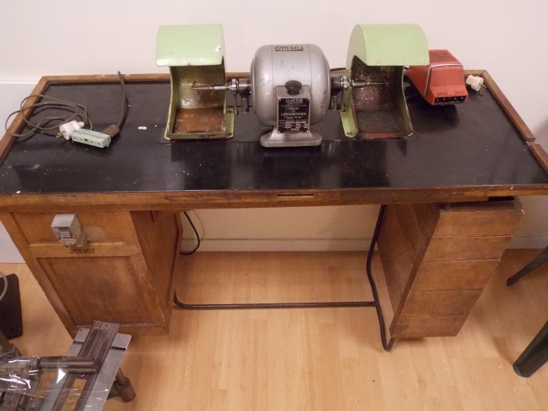 touret polir. Black Bedroom Furniture Sets. Home Design Ideas