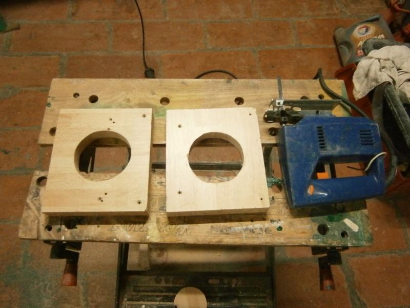 Pasà pas sur réalisation d'une guillotine pour aspiration machineà bois # Tuyau Aspiration Machine A Bois