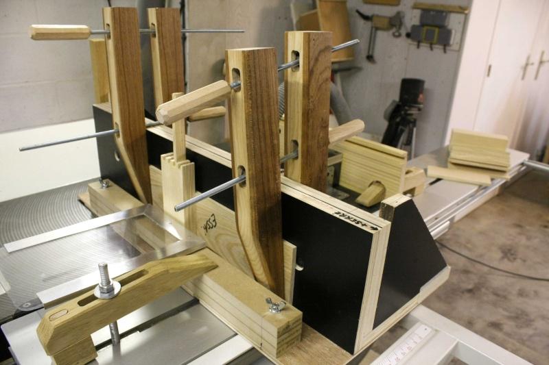 Fabrication un meuble 9 tiroirs for Caler un meuble
