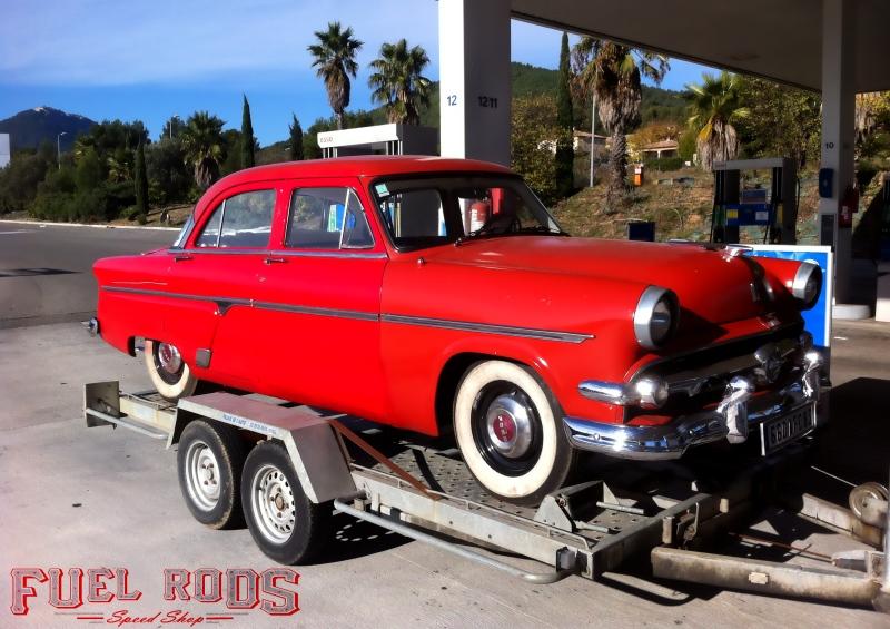 Frss ford crestline 1954 le moteur a retouv sa place for Garage ford moselle