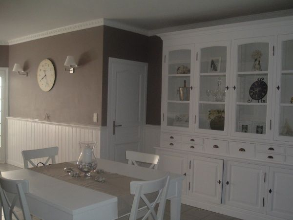 Conseil pour repeindre une chambre adulte for Chambre couleur taupe et blanc