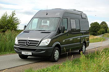 fourgon amenage mercedes sprinter. Black Bedroom Furniture Sets. Home Design Ideas