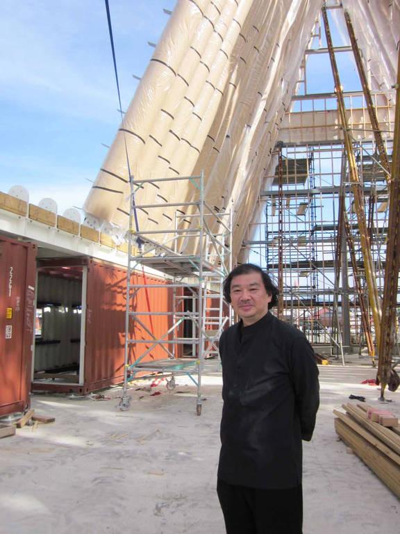 La cath drale en carton de l architecte japonais shigeru ban - Architecte japonais ...
