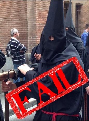 Démonstration de laïcité par l'expert Louis Aliot.