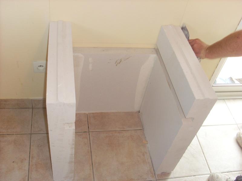 meuble type mange debout avec beton cellulaire. Black Bedroom Furniture Sets. Home Design Ideas
