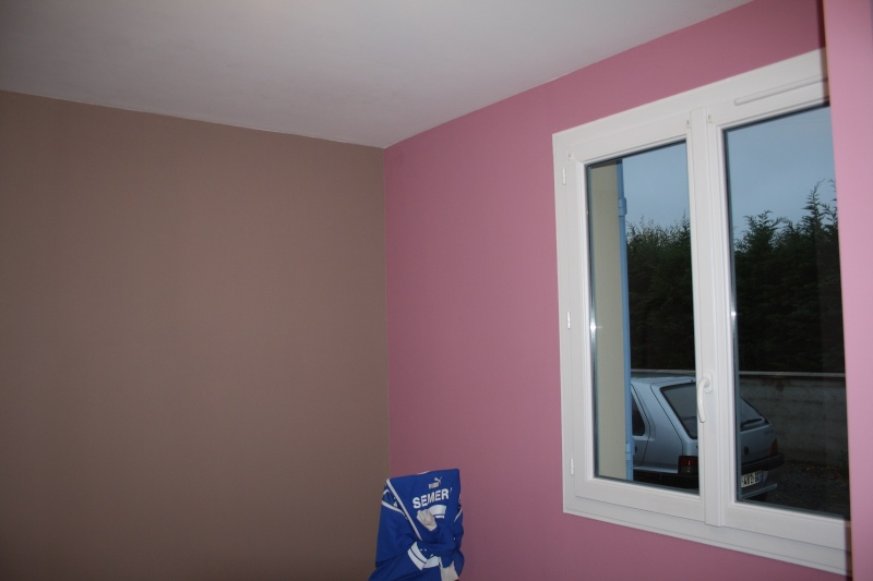 Chambre rose fushia et marron chocolat design de maison for Chambre a coucher rose fushia