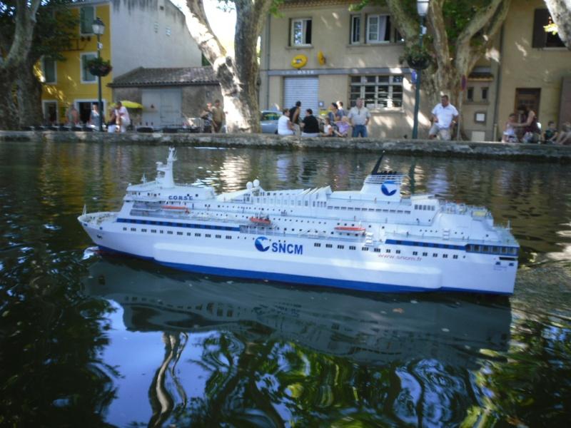 """""""nice et bateau"""" photo libre de droits sur la banque d'images Fotolia"""